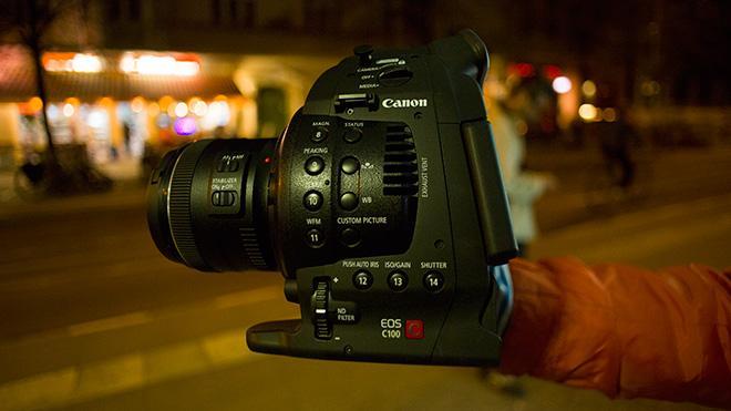 canon-c100.thumb.jpg.01172a4c0152fa4d907