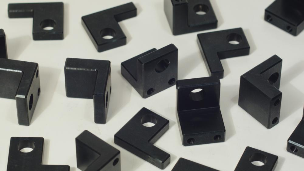 angle micro clamp closeup.jpg