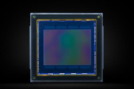 sp_camera_e_m1_mark_2_fp_mos_sensor.jpg