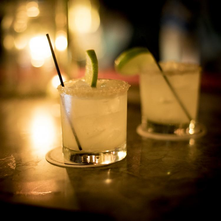 CocktailsForTwo.thumb.jpg.a01aef14542ab5a3213edb2febbfcbef.jpg