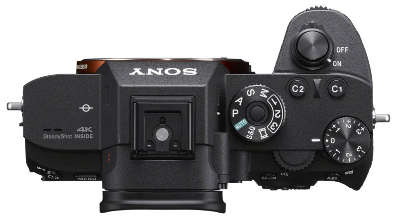 Sony-a7R-III-design-top.jpg.8020a7cc9d3ceb0a39c074465355b3b2.jpg