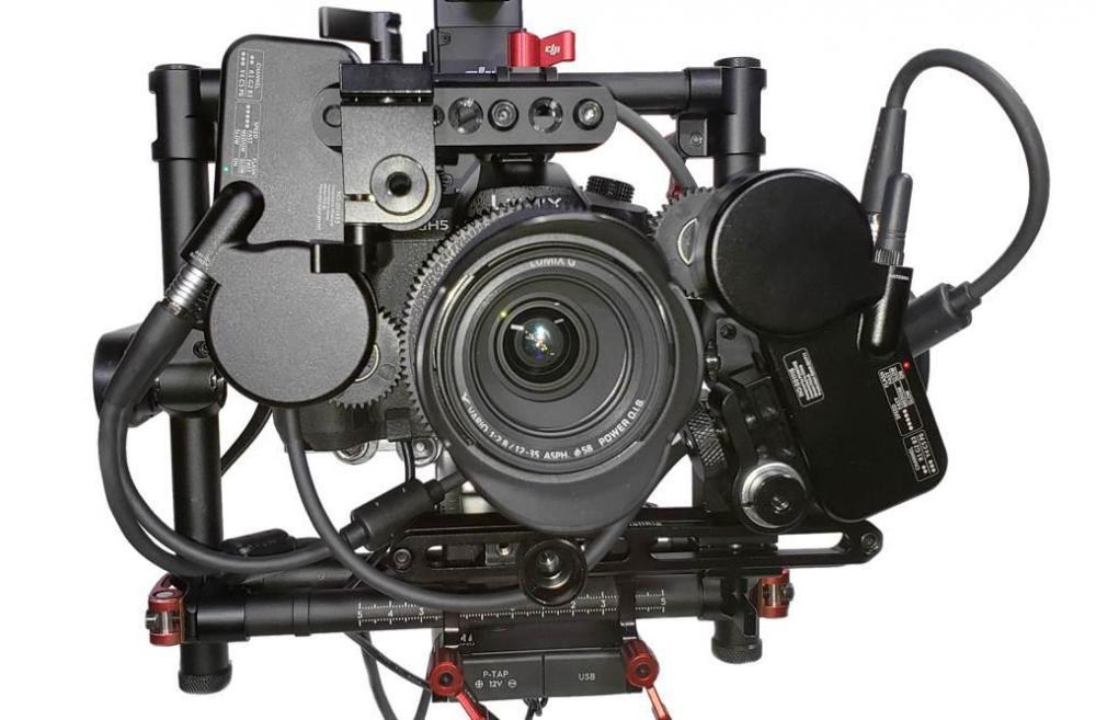 GH5_DualLensMotors.jpg