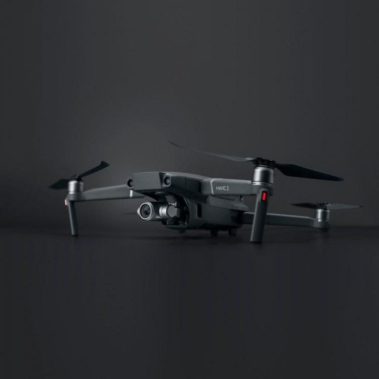 First-hi-res-images-of-the-DJI-Mavic-2-Pro-and-Zoom-models-from-German-consumer-electronics-site-GFU-2.jpg