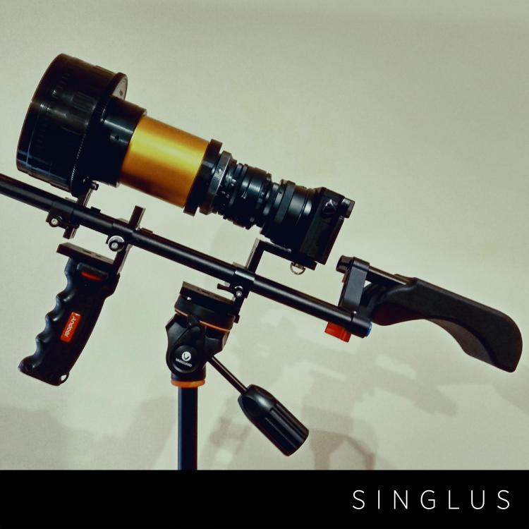 sngls002.jpg
