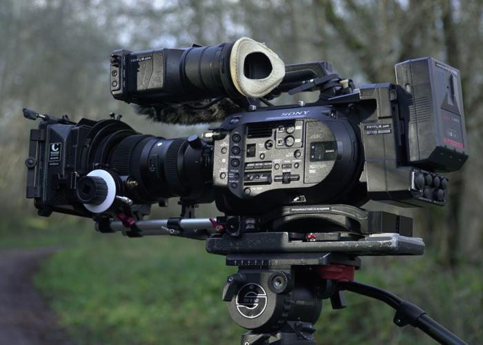 sony-fs7-full-kit-with-xdca-raw-back-42212094.JPG