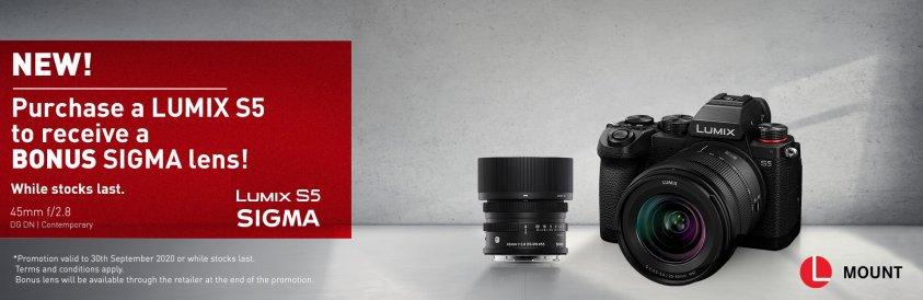 Panasonic-S5-with-Bonus-Sigma-TOP.jpg