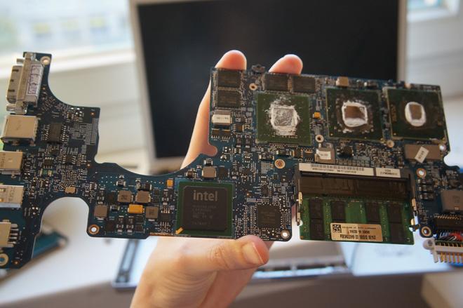 Macbook logic-board