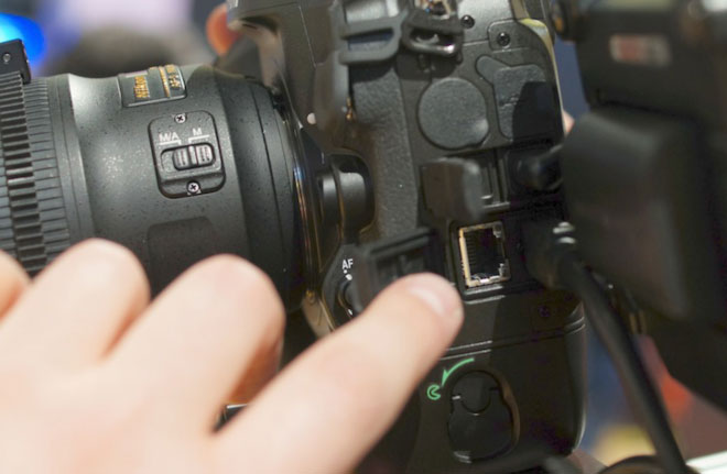 Nikon D4 LAN connection