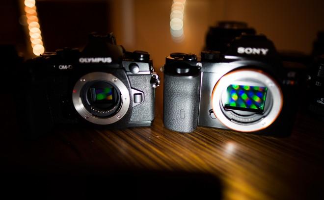 Olympus OM-D E-M1 vs Sony A7R