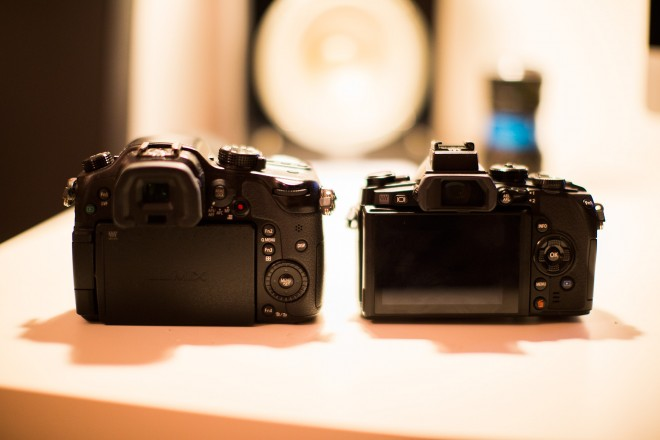 GH3 and OM-D E-M1 rear LCD