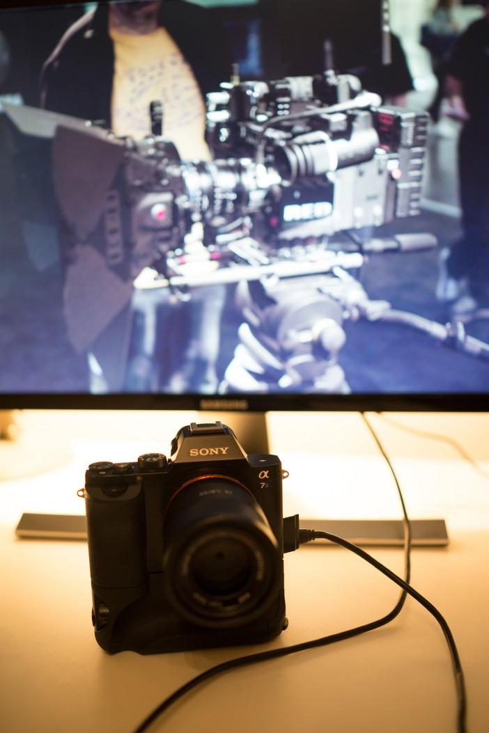 U28D590-4K-Sony-A7S-HDMI