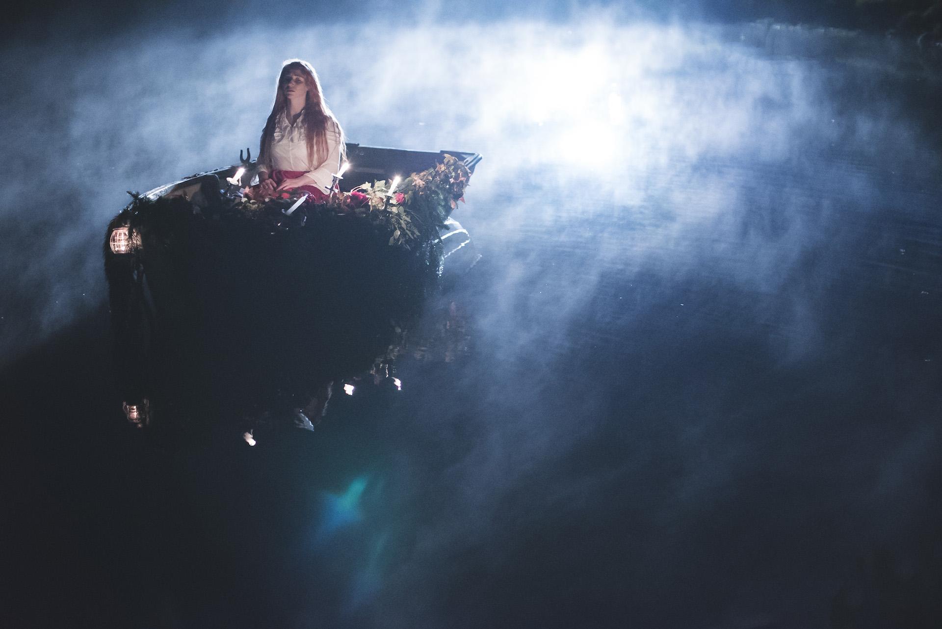 Lady of Shalott - Light