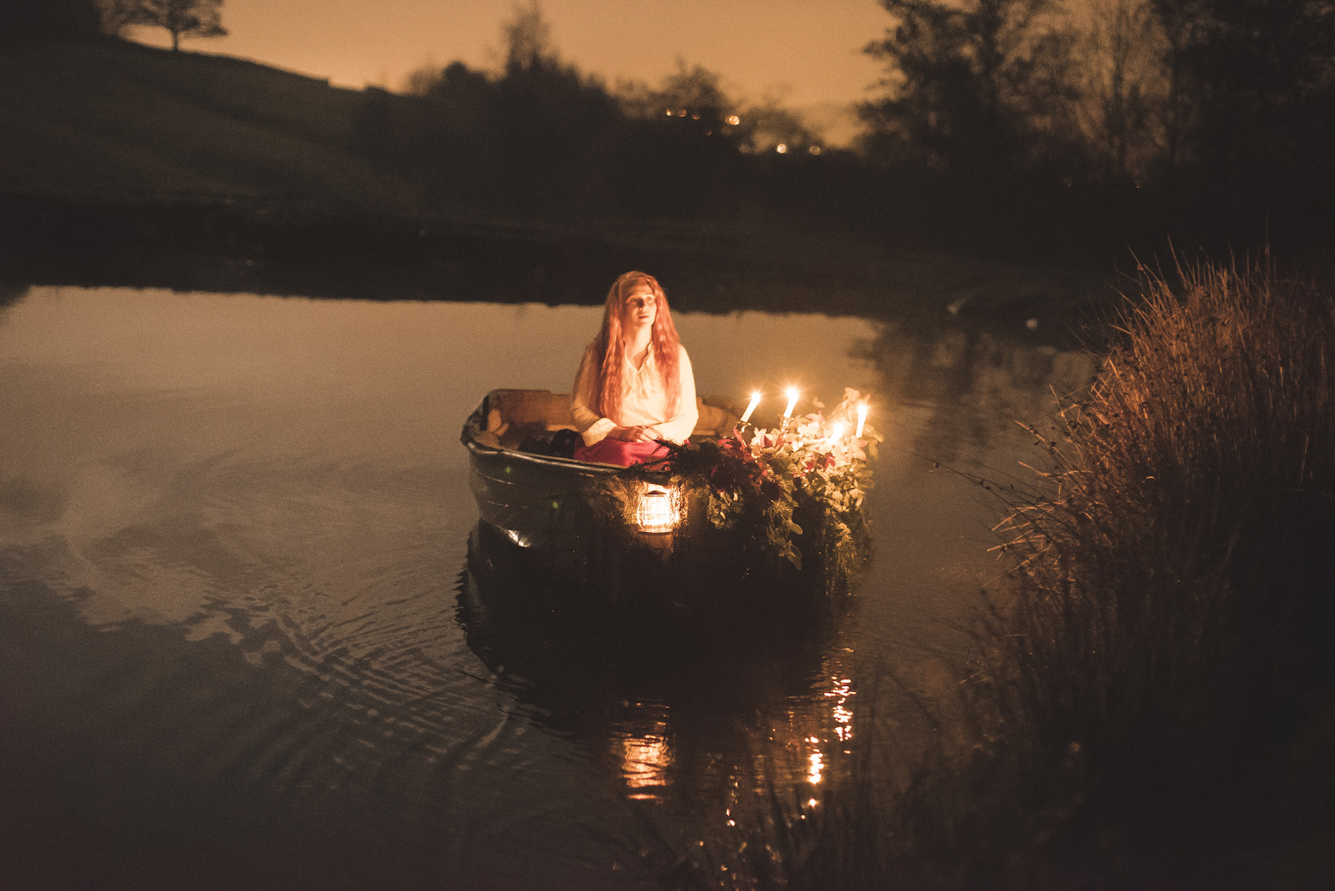 Lady of Shalott - Night glow