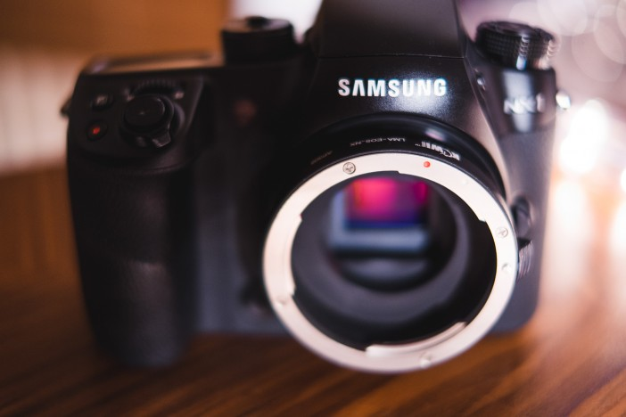 Passive Canon EF adapter for Samsung NX mount