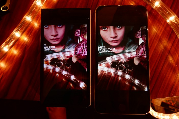 The screen is a strong point of the CM1 (iPhone 6 Plus on the right)