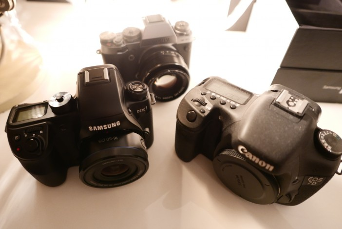 A rather dusty 7D (Mark I) and the new NX1 plus special guest - Fuji X-T1 Chrome