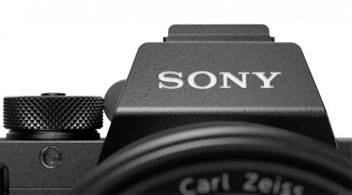 Sony A7R II - front