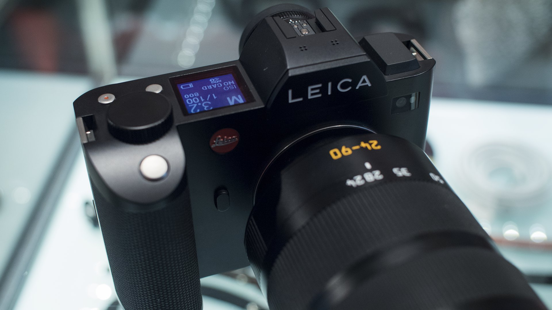 Leica SL hands-on first impressions review from a video ...