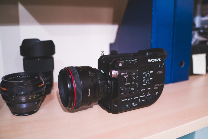 sony-fs5-front