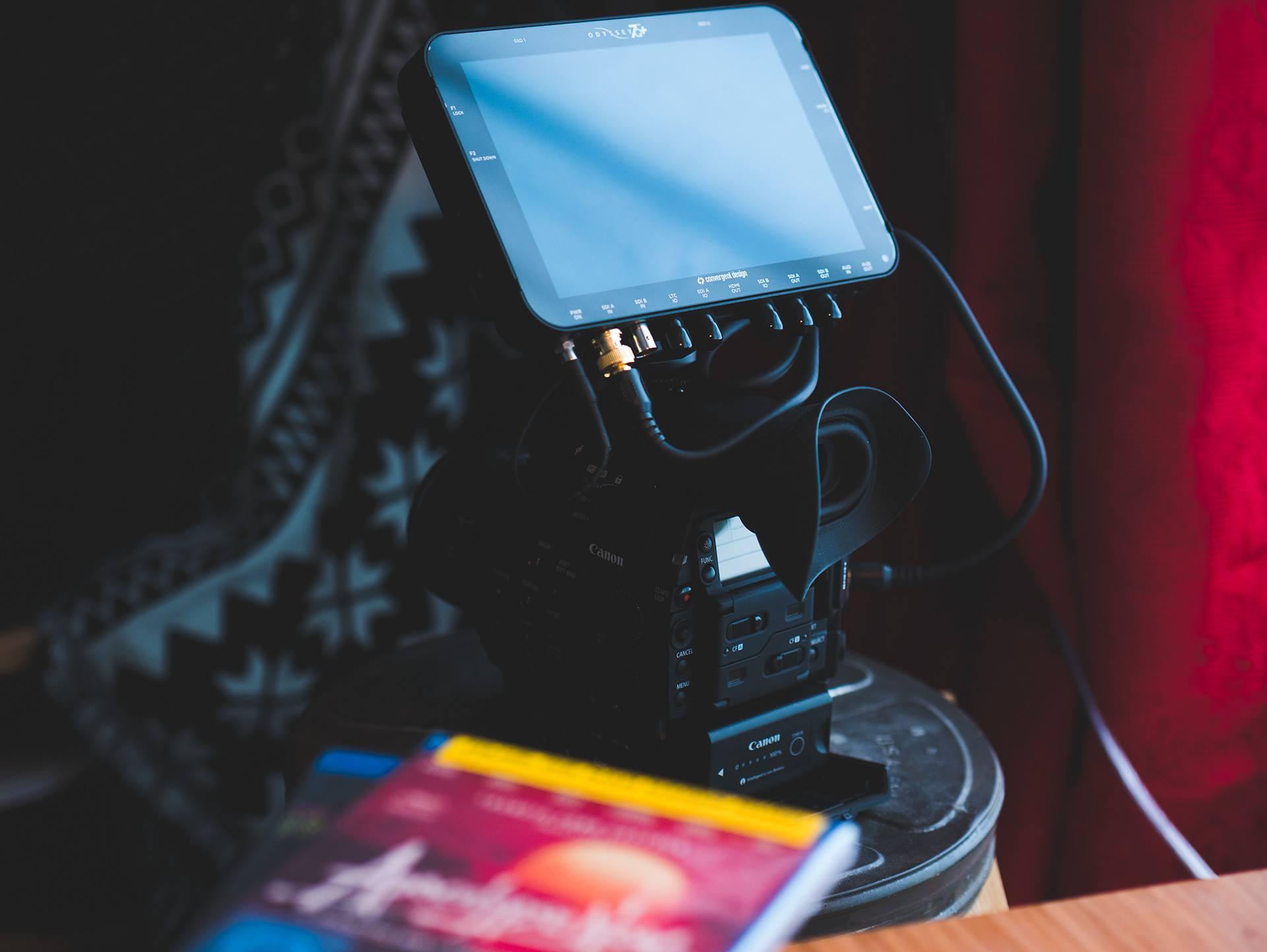 Shootout Blackmagic Video Assist 4k Vs Convergent Design Odyssey 7q Eoshd Com Filmmaking Gear And Camera Reviews